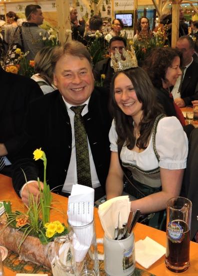 Bayerns Landwirtschaftsminister Helmut Brunner mit Lorena