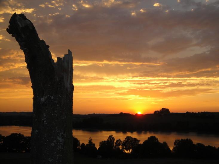 Ruhe-Stille-einen Sonnenuntergang geniessen, das bringt schöne Gefühle hervor, wie hier in Gebertsham