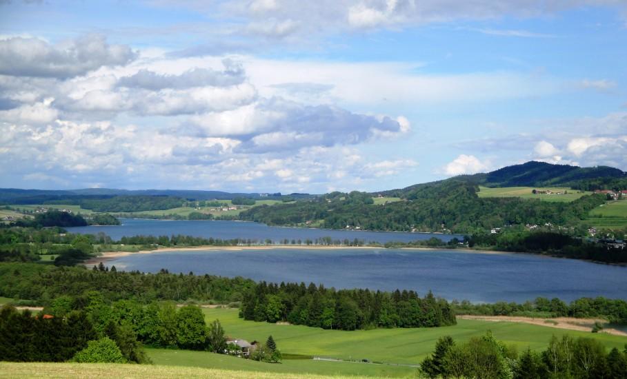 Bio-Heu-Region, Obertrummer See und Mattsee 25 km vor Salzburg