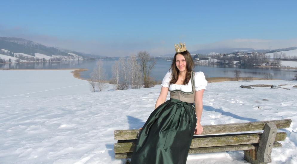 Bio-Heu-Region im Winter mit Königin Lorena (53)