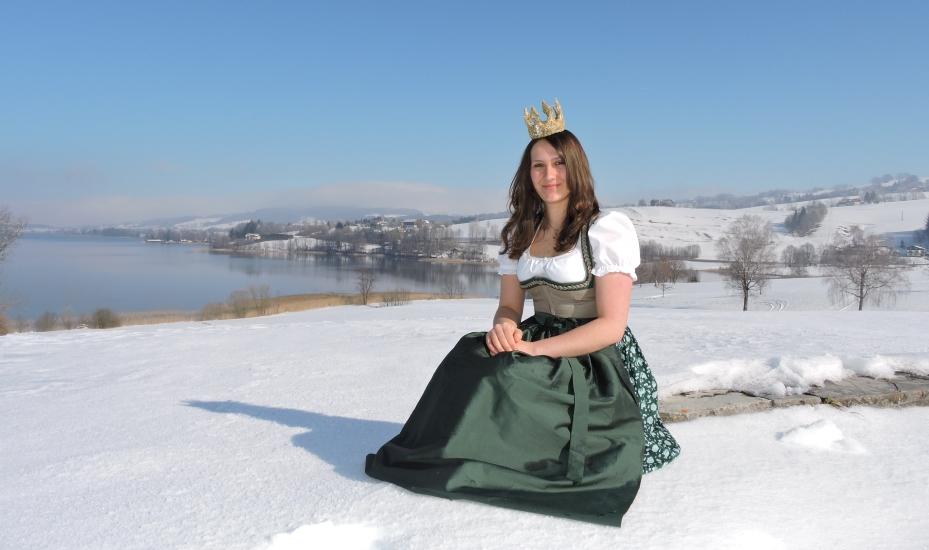 Bio-Heu-Region im Winter mit Königin Lorena (68)