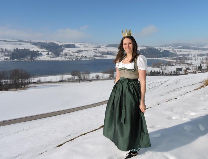 Bio-Heu-Region im Winter mit Königin Lorena (86)