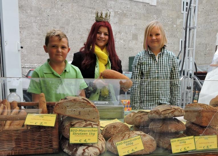 Die Kinder von Margit und Thomas Wallner, welche seit über 10 Jahren schon den Bioladen in seeham betreiben