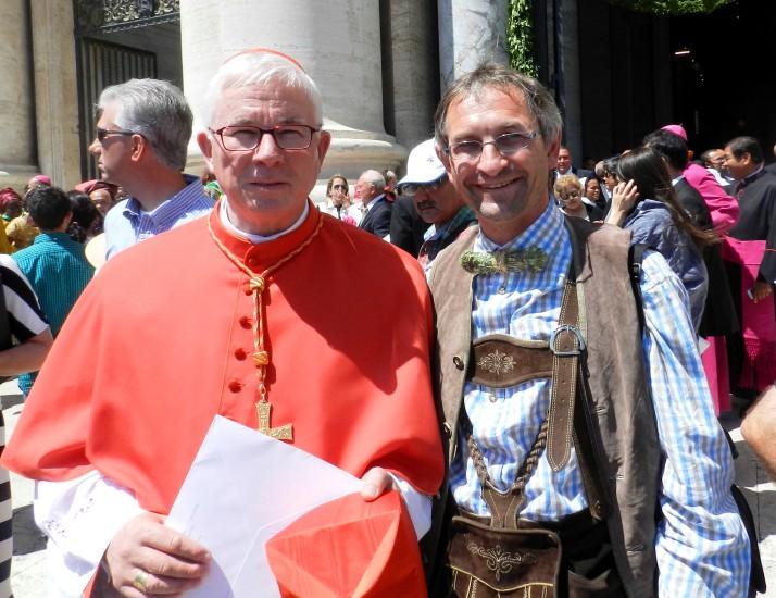 Der Erzbischof von Salzburg nach der Verleihung des Palliums durch Papst Franziskus