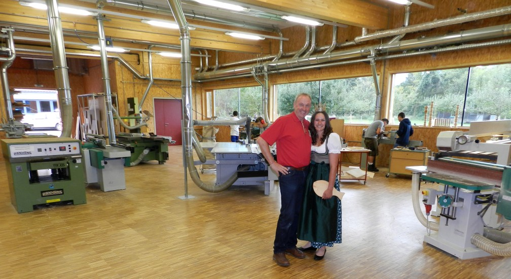 Lorenas Lehrer in Holzbearbeitung Alois Weißenbacher