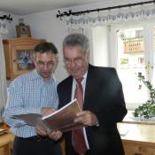 """Auch Bundespräsident Heinz Fischer hat das Buch """"DANKE lieber Gott für ALLES"""" bekommen. Eine besondere Ehre war es für mich, eine Widmung für den HBP schreiben zu dürfen"""