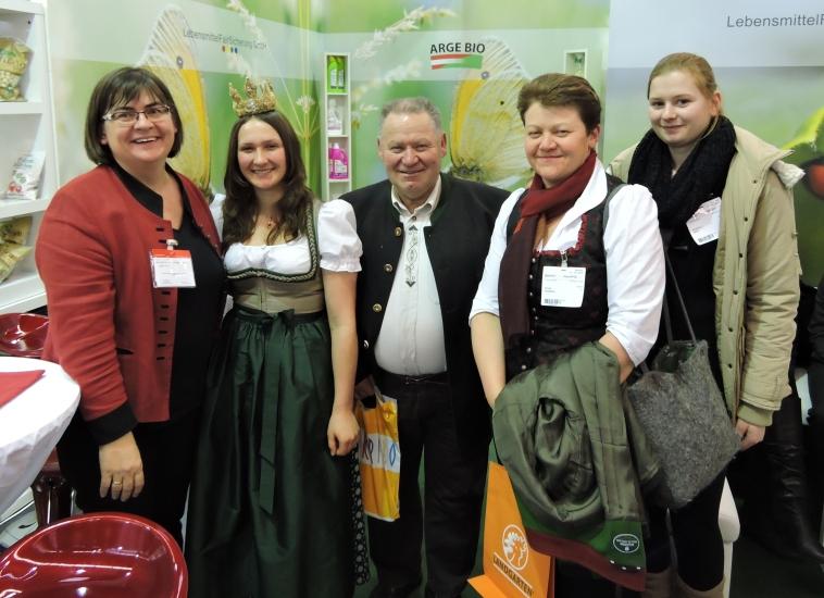 Delegation der Bio-Heu-Region in Nürnberg bei der Biofach