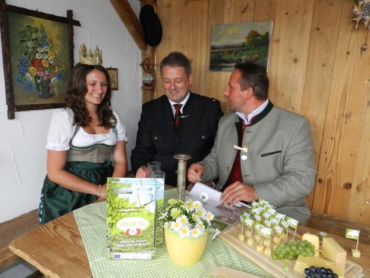 Heukönigin Lorena beim Erntedankfest in Wien 2014 Foto Helmut Mühlbacher (202)
