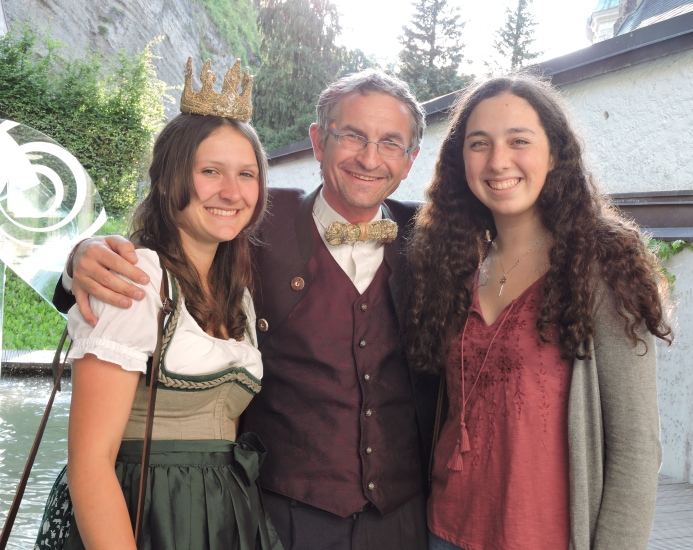 Neben  Gästen aus China, Japan, Deutschland,Neuseeland, Italien, Ungarn und Russland trafen wir auch eine Studentin aus Kalifornien