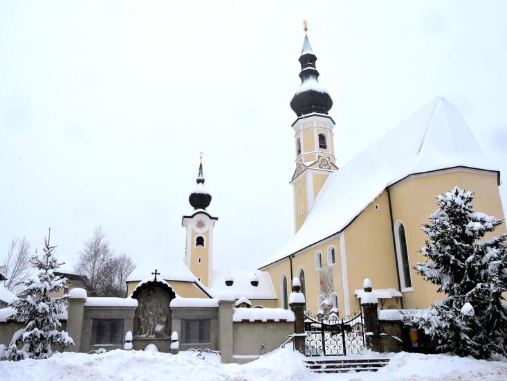 Kirche Berndorf bei Salzburg 1