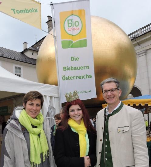 Landeshauptfrau Stellvertreterin Astrid Rössler mit Königin Maria und Andreas Schwaighofer