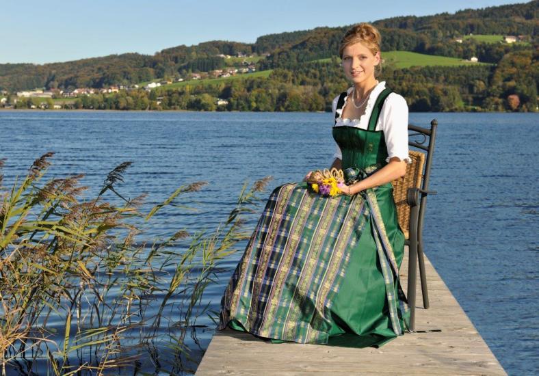 Martina Dürager hat von 2007 bis 2008 die Bio-Heu-Region repräsentiert, fotografiert in Seeham am Steg