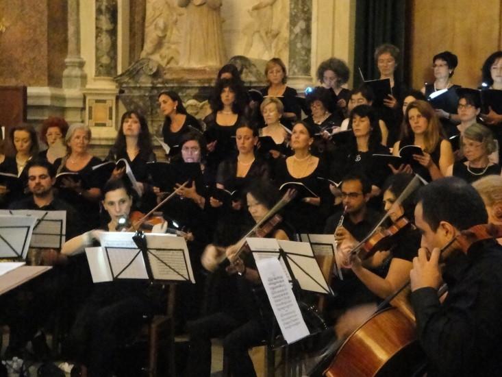 Krönungsmesse von Mozart gesungen vom Chor in Santa Maria Dell Anima