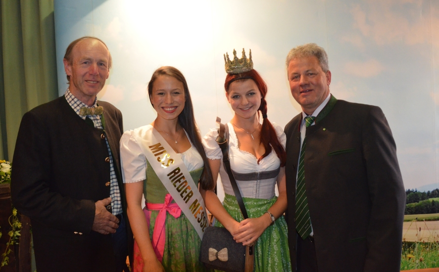Miss Rieder Messe mit Heukönigin Maria