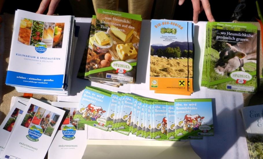 wie jedes Jahr und bei jeder Veranstaltung im Ausland machen wir auch Werbung für die Heumilch und das Salzburger Seenland