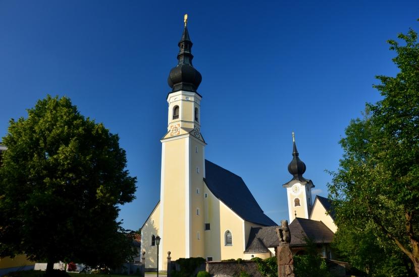 Hier die kleine Gemeinde Berndorf bei Salzburg, wo nach der Philosophie von Leopold Kohr gelebt wird